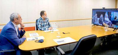 Ferraresi y Vuoto entregaron créditos y viviendas en Ushuaia
